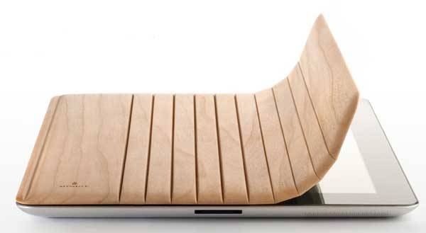 Miniot iPad 2 cover, made of wood