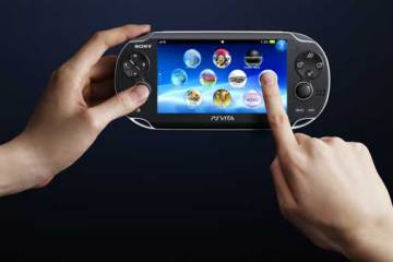 Sony PlayStation Vita, in hands