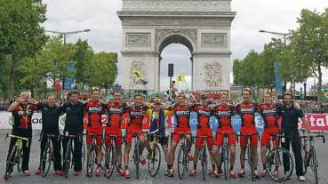 BMC team celebrates its success in the 2011 Tour de France