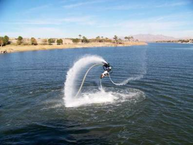 Zapata-Flyboard-lake
