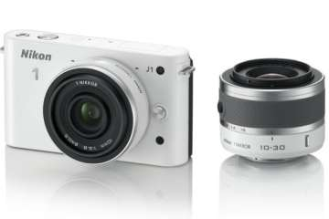 Nikon 1 J1, white with 10mm and 10-30mm lenses