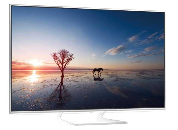 Panasonic 4K Ultra HD TV, TH-L65WT600A left angle view