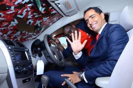 Airtel Kenya CEO Adil El Youssefi Adil El Youssefi and Marketing Director Levi Nyakundi during the launch of Smartika Na 5X bonus promotion.