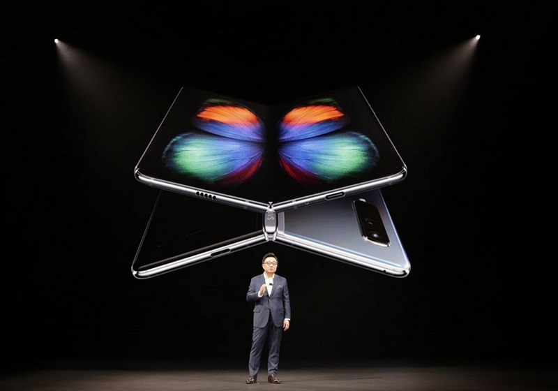 Samsung delays Galaxy Fold launch Indefinitely following display issues