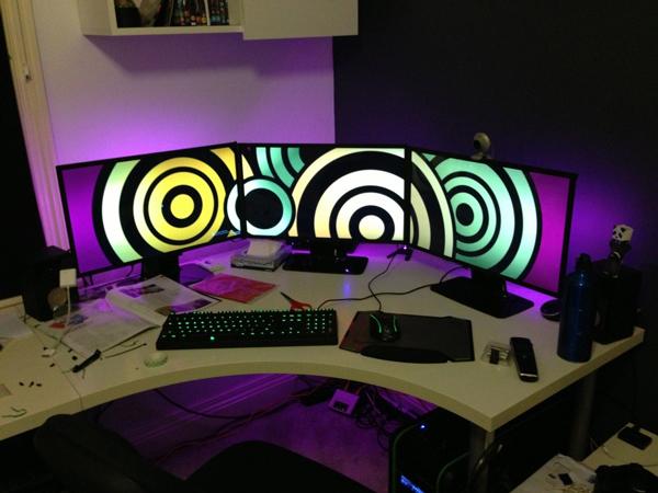multi-monitor-gaming-setup-(1)