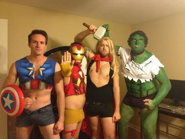 cosplay-male-superhero-costumes-designed-like-female-superheros-02