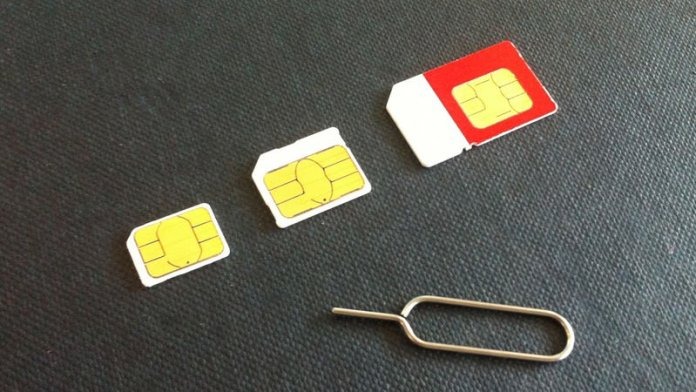 How to transfer from Android to iPhone: Swap SIMs