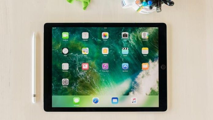 iPad Pro 12.9 (2017) Review: Expensive Productivity