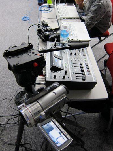 Ustream機の決定版!? オールインワンのRoland VR-5使用レポート【本田】