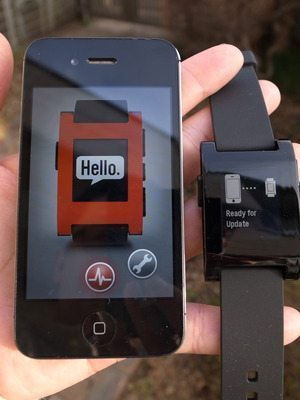 「Pebble」届きました、それはスマホと連携する電子ペーパー腕時計 【増田 @maskin】