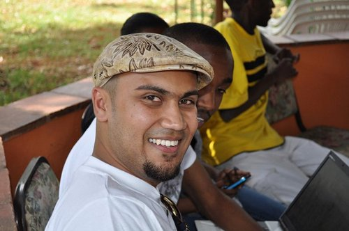 Ahmed Salims #FeedKe