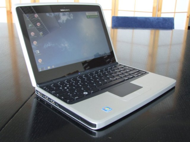 Nokia Booklet 3G mini laptop