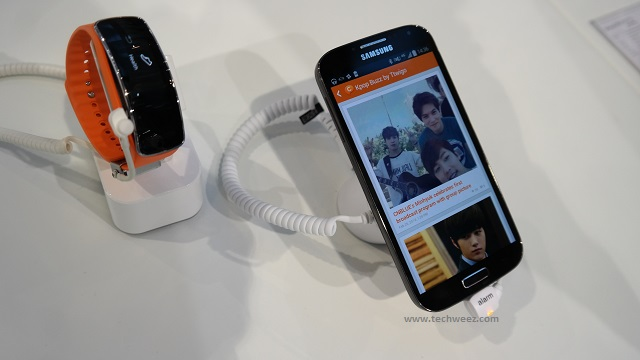 Galaxy S5 and Gear Fit