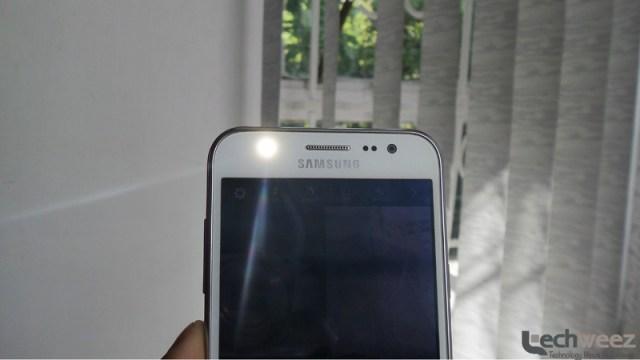 Samsung_Galaxy_J5_2