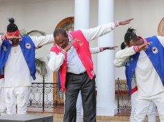 uhuru kenyatta dabbing