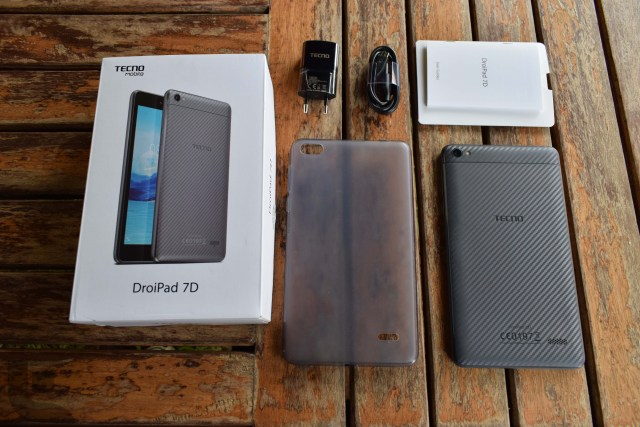 DroiPad 7D In the box