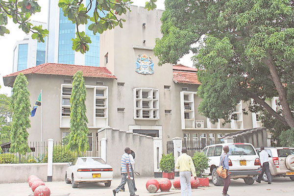 Tanzania Court Restores Tough Online Regulations