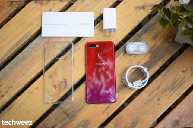 OPPO F9 unboxed