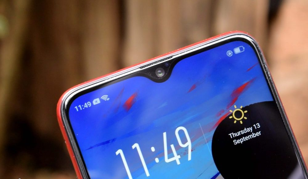 OPPO F9 waterdrop screen