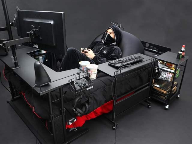 Gaming Bed Setup