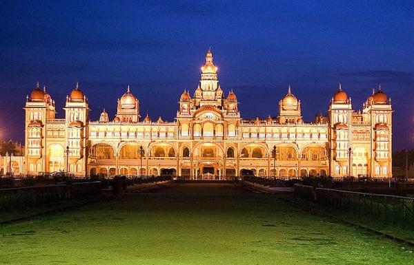 palácio a noite