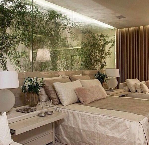 Inspiração de quarto com jardim.