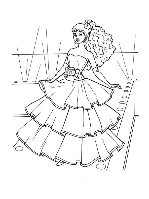 Imagem de Barbie com vestido lindo