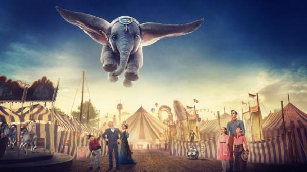 O elefantinho voador Dumbo encanta os telespectadores