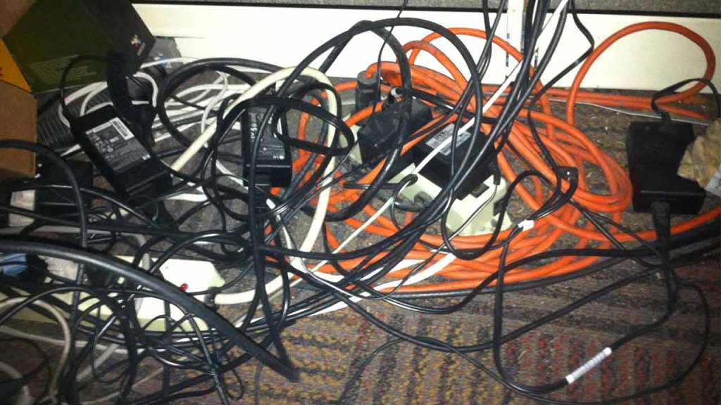 Tangled Cables of your monitor could also cause ghosting in games