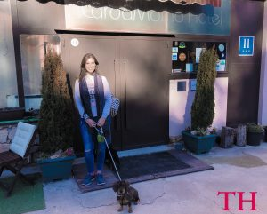 Restaurante Ciro y LOLa con perro