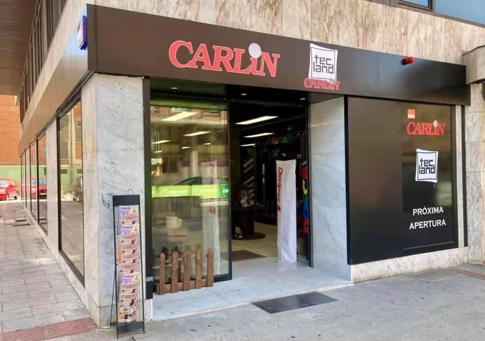Tecland y CarliBur en Avenida del Cid 4