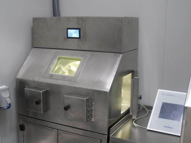 Celda manipulacion con control electronico de extracción