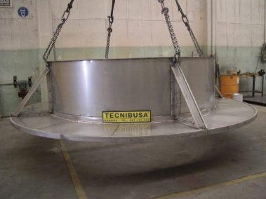 Plataforma de carga de combustible con blindaje para neutrones