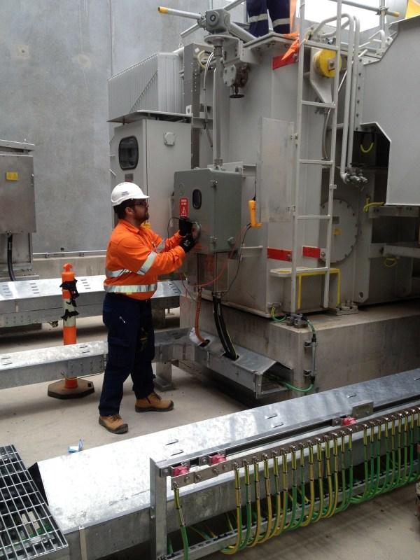 Mantenimiento y Reparación de Máquinas y Equipos Eléctricos