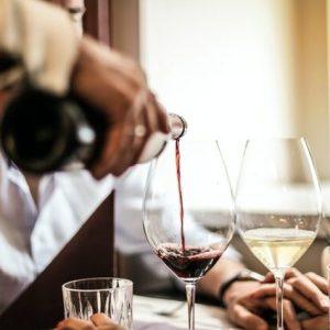 Diseno de Cartas de Vinos y Otras Bebidas