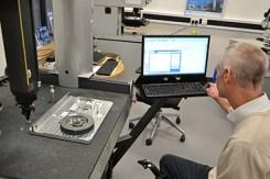 Máquina de medicion por coordenadas Aberlink Axiom Too en el NPL