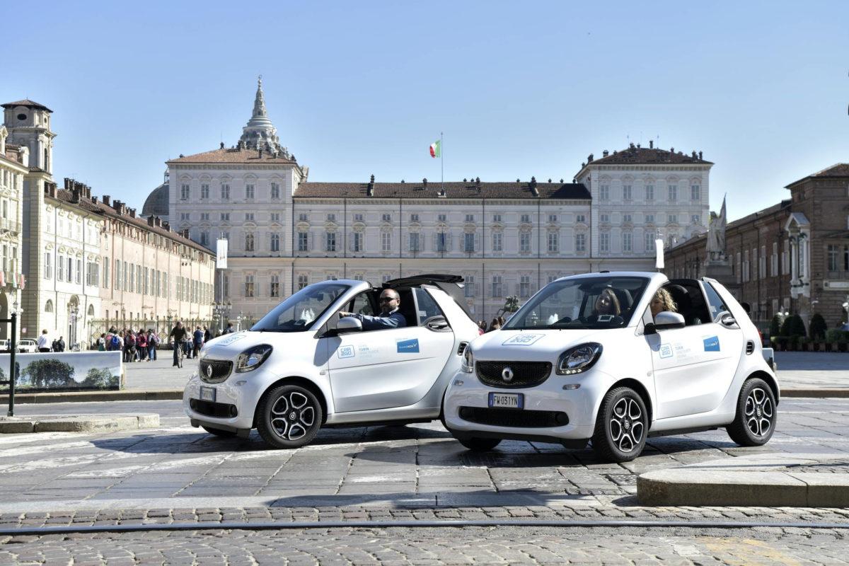 Decapottabili per tutti: SHARE NOW arricchisce la flotta italiana con 200 smart fortwo cabrio