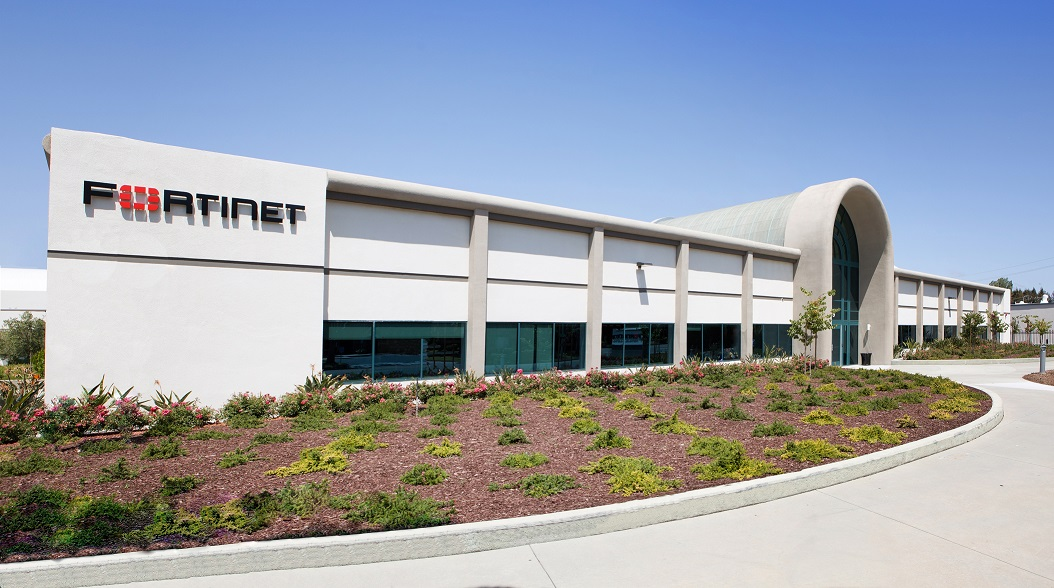 Fortinet presenta il firewall di nuova generazione FortiGate 60F