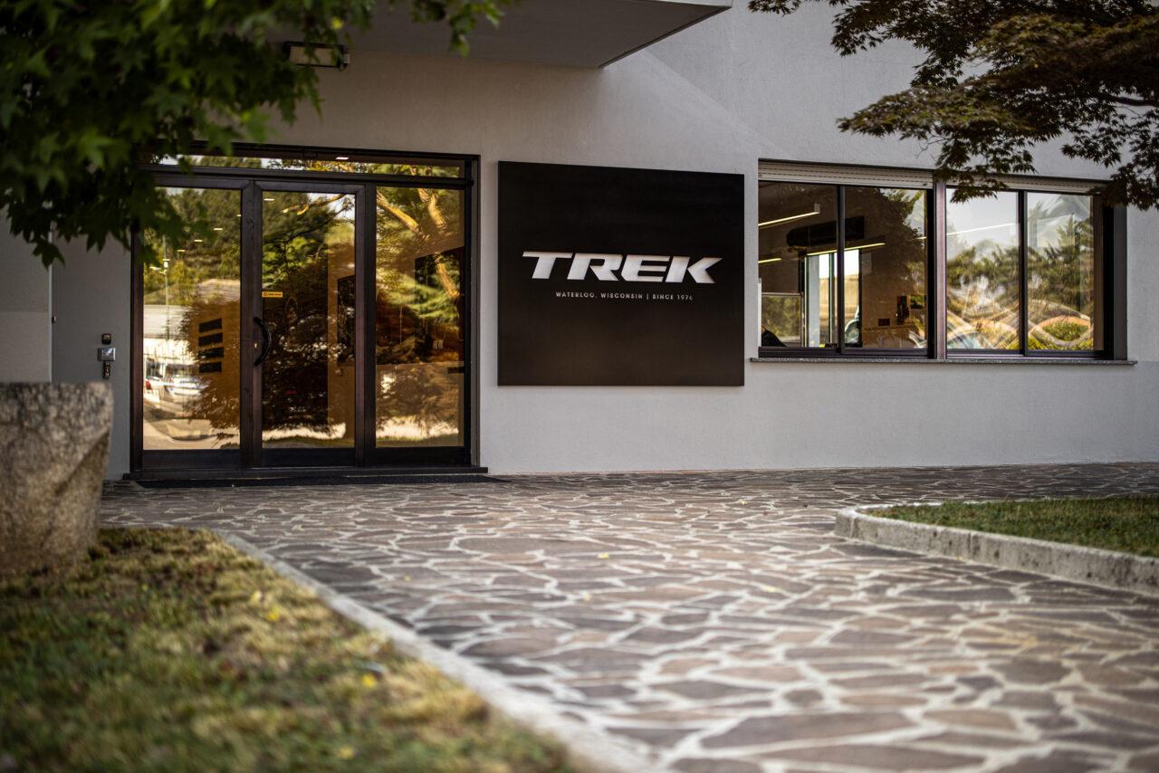 TREK e ORACLE: siglata la partnership che fornirà alla società informatica otto e-bike