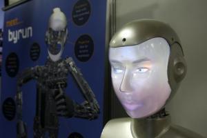 Socibot es una robot creada por Engineering Arts capaz de replicar cualquier cara, creada para la interacción con humanos.  (SINC)