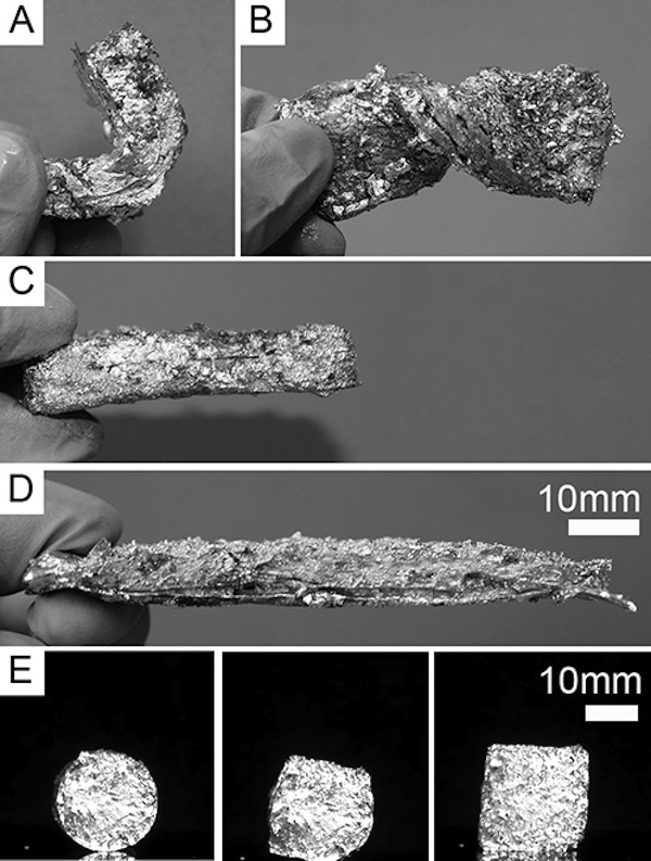 Tecnopia metal-espuma