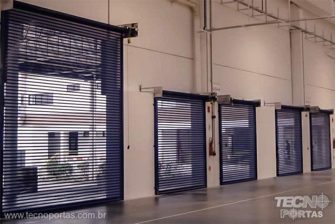 Porta de Enrolar Industrial