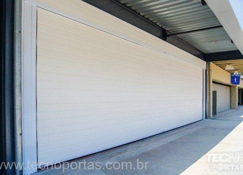 Porta Seccionada Comercial/Industrial