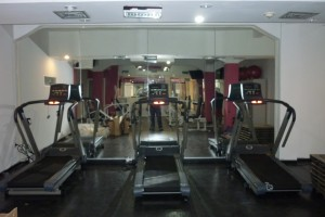 gimnasio gold fitness 7