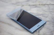 Sony XZs design 5