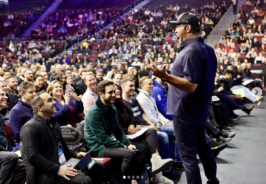 Tony Robbins The Knowledge Business Blueprint review