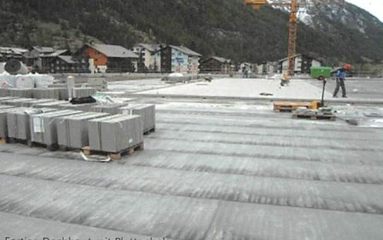 In Täsch parkieren, in Zermatt Ski fahren