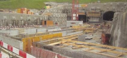 Flüssigkunststoff PUR am Islisbergtunnel