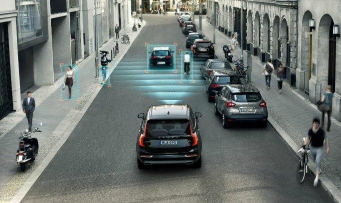 Volvo car2x