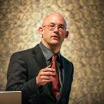 Clay Shirky: How social media can make history